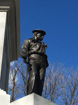 Soldiers_and_Sailors_Monument_(Boston)_Man